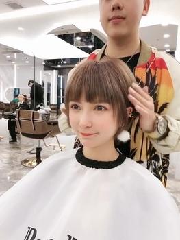 发色 浓郁巧克力色 复古齐刘海 少女心 减龄发型